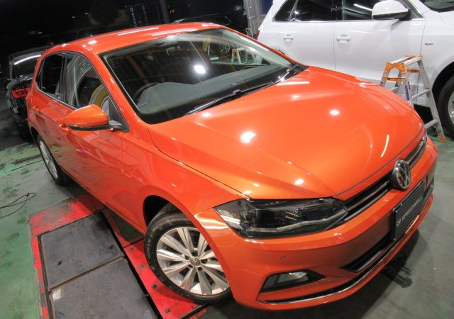 VW ゴルフ ドライブレコーダー取り付け&ボディーコーティング施工
