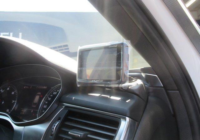 アウディ A6アバント(4G) ドライブレコーダー レーダー取り付け