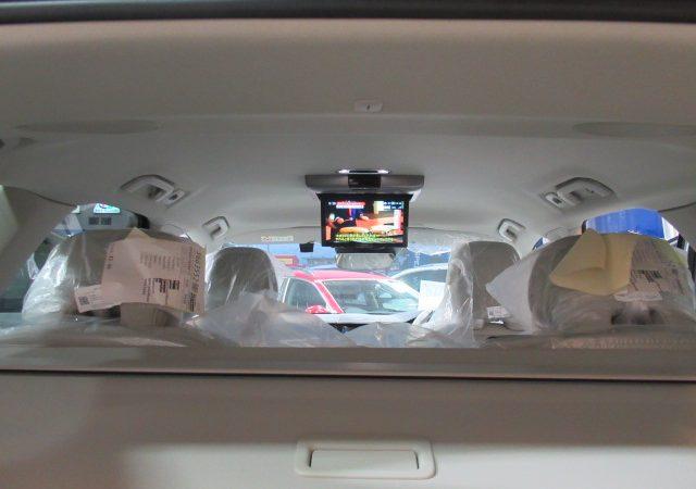 ボルボ XC60 フリップダウンモニター DVDデッキ 地デジチューナー取り付け
