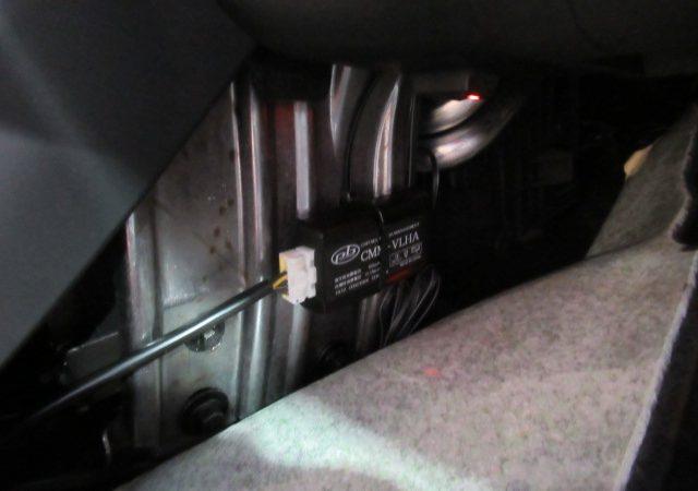 ボルボ V40 TVキャンセラー取り付け