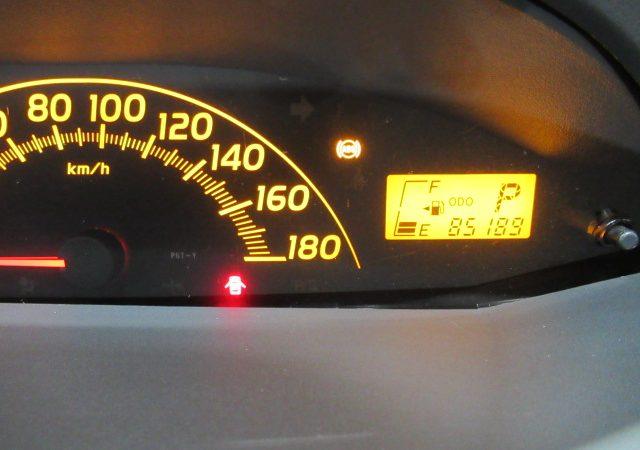 トヨタ ヴィッツ(KSP90) スピードセンサー交換