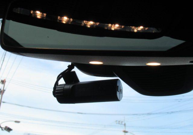 メルセデス・ベンツ Cクラス(W205) ワゴン 2カメラタイプドライブレコーダー取り付け