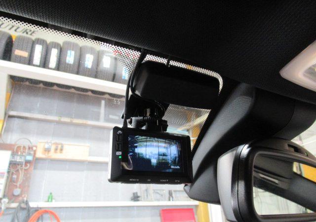BMW 1シリーズ 2カメラタイプドライブレコーダー取り付け