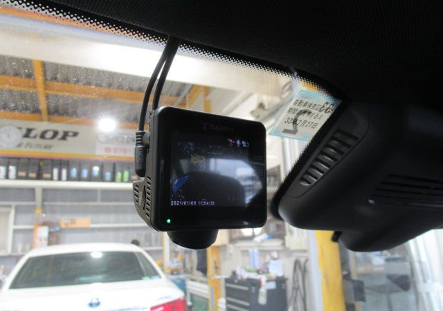 メルセデス・ベンツ GLC(W167) フロント360度全周囲+リア2カメラタイプドライブレコーダー取り付け