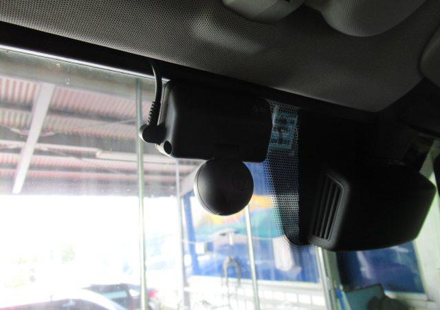 メルセデス・ベンツ Gクラス ドライブレコーダー取付!