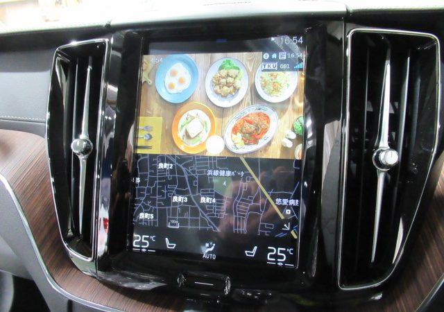 ボルボ XC60 地デジチューナー、DVDデッキ取り付け